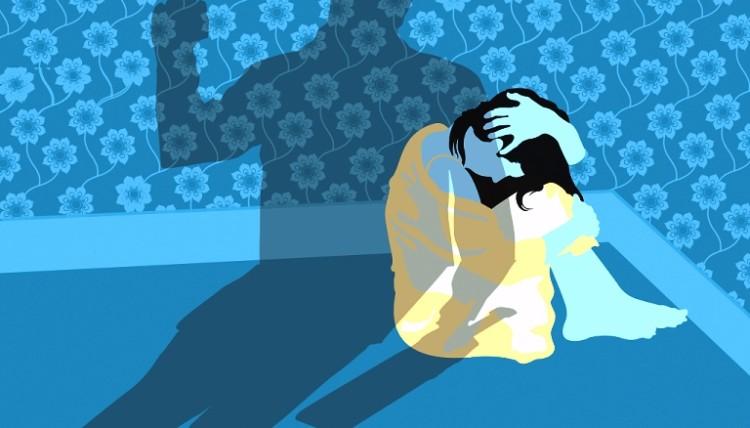 आफ्नो पार्टनर भन्दा बढी कमाई गर्ने महिला घरेलु हिंसाको सिकार हुने सम्भावना धेरै !_img
