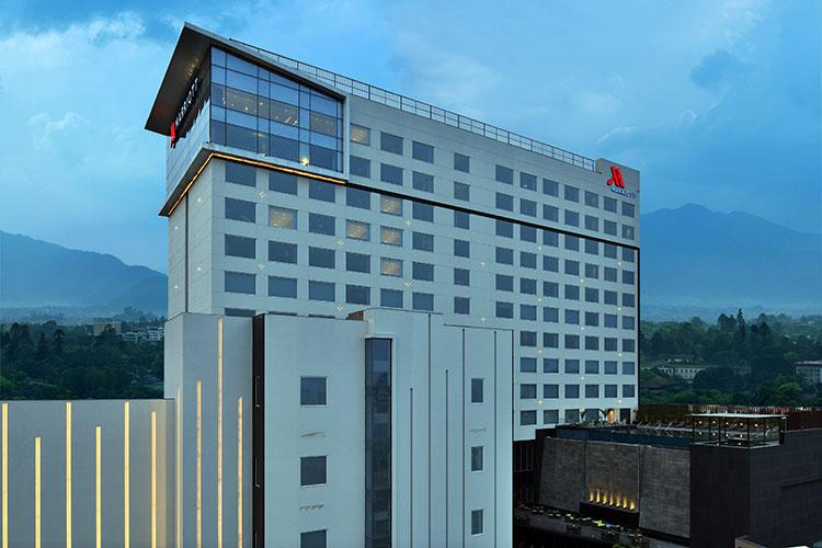 राजधानीमा काठमाडौं मेरिएट होटल संचालन