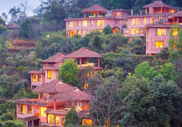 पर्यटक आकर्षित गर्न धुलिखेलका होटल व्यवसायीले ल्याए यस्ता ३ प्याकेज, जोडीमा जानेलाई विशेष सुविधा