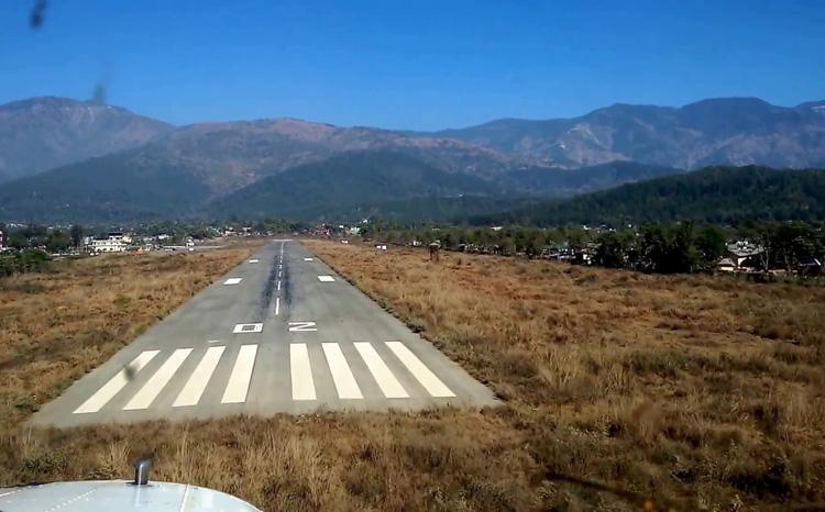 सुर्खेत विमानस्थलको धावनमार्ग विस्तार अन्योलमा, १ वर्षदेखि काम ठप्प